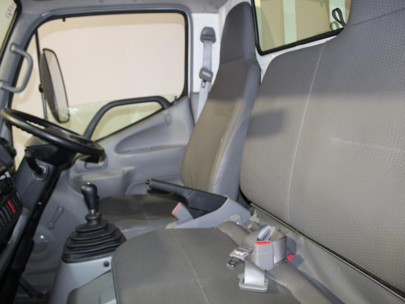 Toyota Dyna 4-093 Chassis Cab