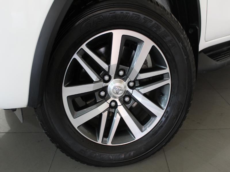 Toyota Fortuner Sc 2.8 Gd-6 4X4 At