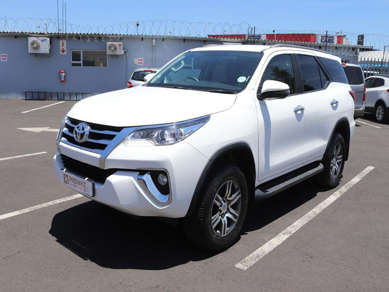Toyota Fortuner MY19.6 2.4 Gd-6 Raised Body At