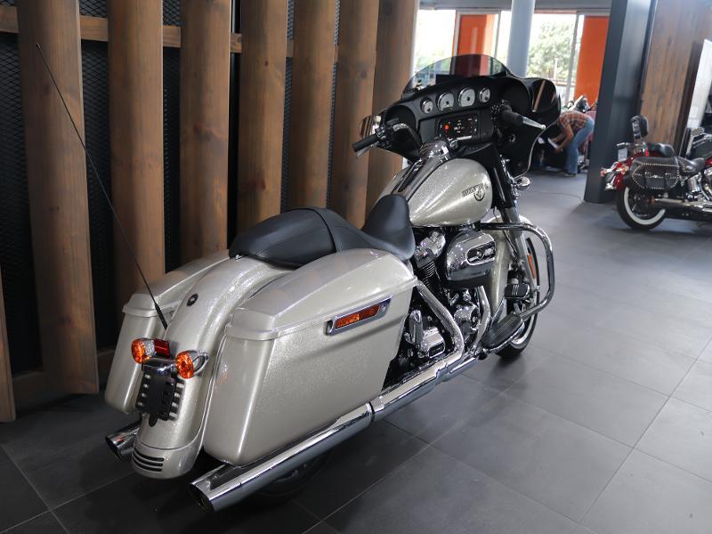 Harley Davidson Touring Street Glide Special