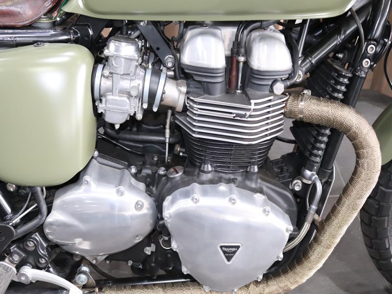 Triumph Thruxton 900 EFI