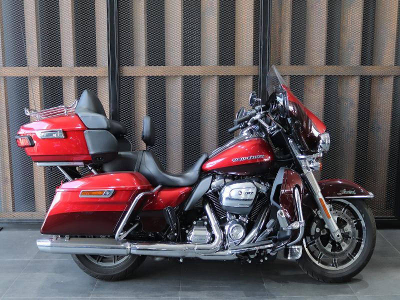 Harley Davidson Electra Glide Anniversary
