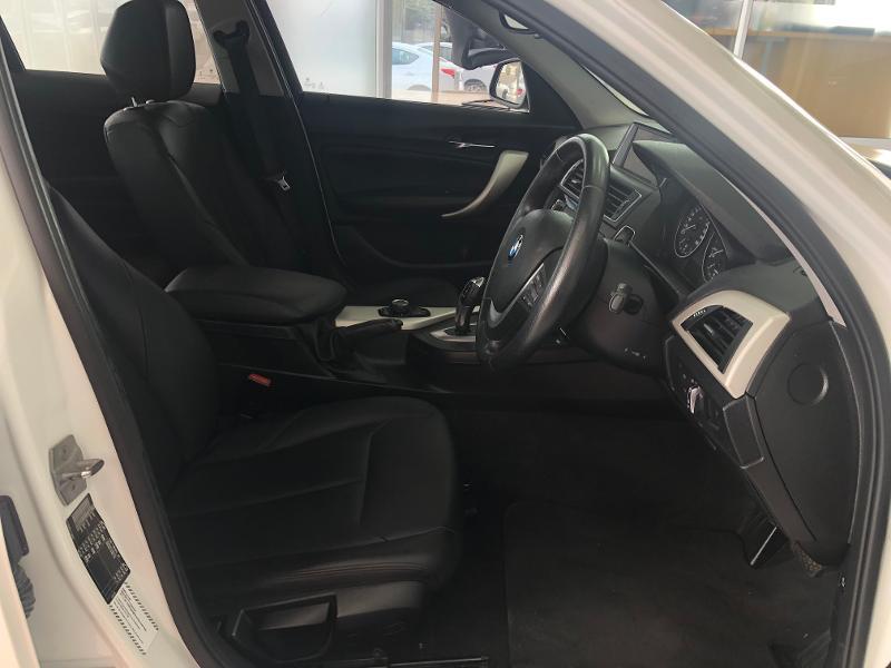 BMW 1 Series 5-Door 118i Steptronic