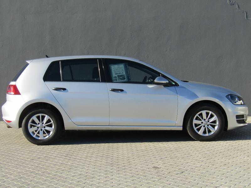 Volkswagen Golf VII 1.2 Tsi Trendline