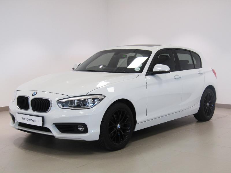 BMW 1 Series 5-Door Facelift 120i Sport Line
