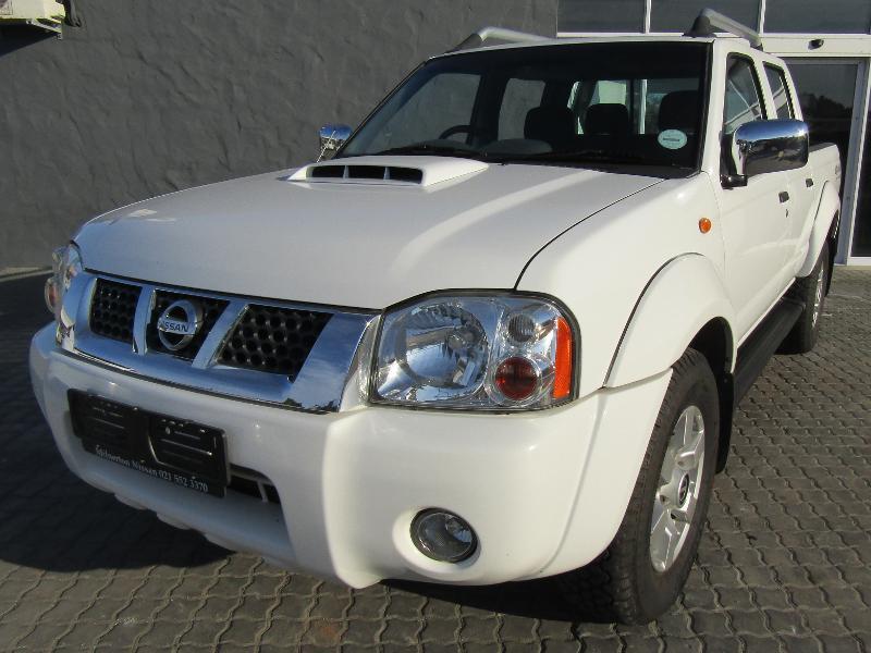 Nissan Np300 Hardbody Promo 2.5 Tdi D Cab Se Hi Rider 4X4