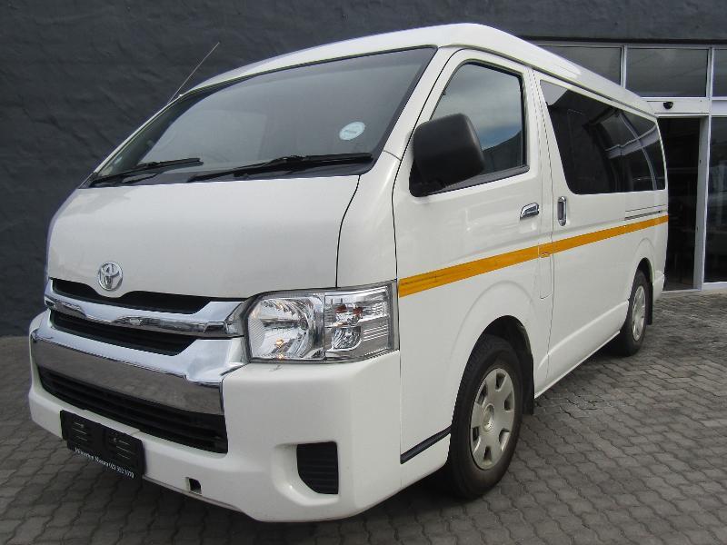 Toyota Quantum My17 2.7 10-Seater Bus