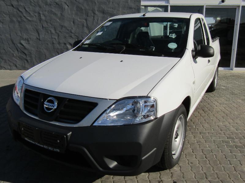 Nissan NP200 1.6 8V Base