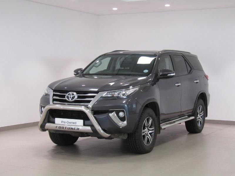 Toyota Fortuner My17 2.8 Gd-6 4X4 At