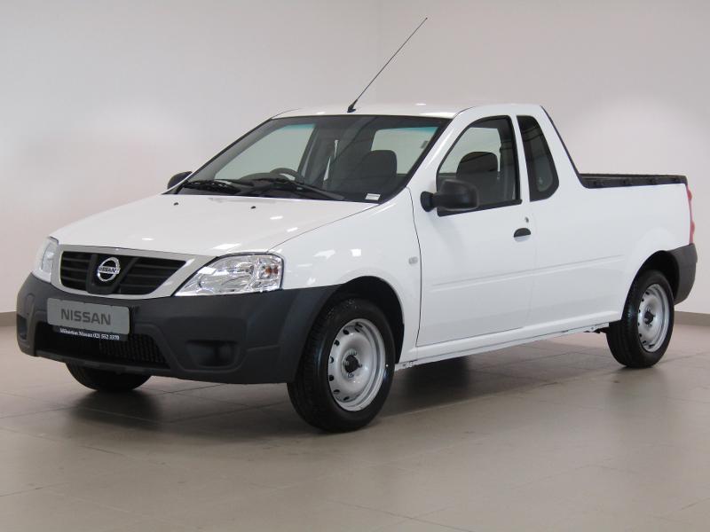 Nissan NP200 1.6 8V Base Safety